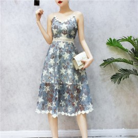 image of HK halter high waist flower lace dress 吊带露背高腰蕾丝连身裙