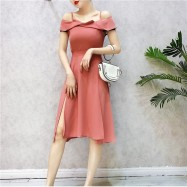 image of Taiwan Strapless collar slender dresses 台系一字领开叉吊带裙