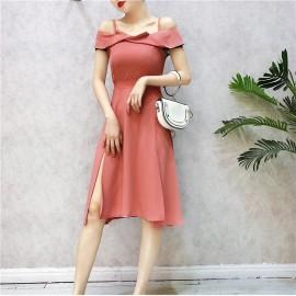 image of Taiwan Strapless collar slender dresses 台系一字领开叉吊带裙