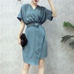 Korean Loose Belt V Neck Skirt 宽松腰带V领连身裙
