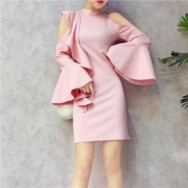 image of Premium round neck strapless flared sleeve dress 圆领露肩喇叭袖连衣裙