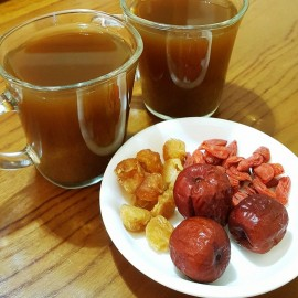 image of JUJUBE GOJI BERRIES DRIED LONGAN TEA 红枣枸杞桂圆茶