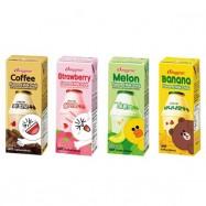 image of [Joy Snacks] Korean BINGGRAE Milk 200ml (Banana,Strawberry,Melon,Coffee)