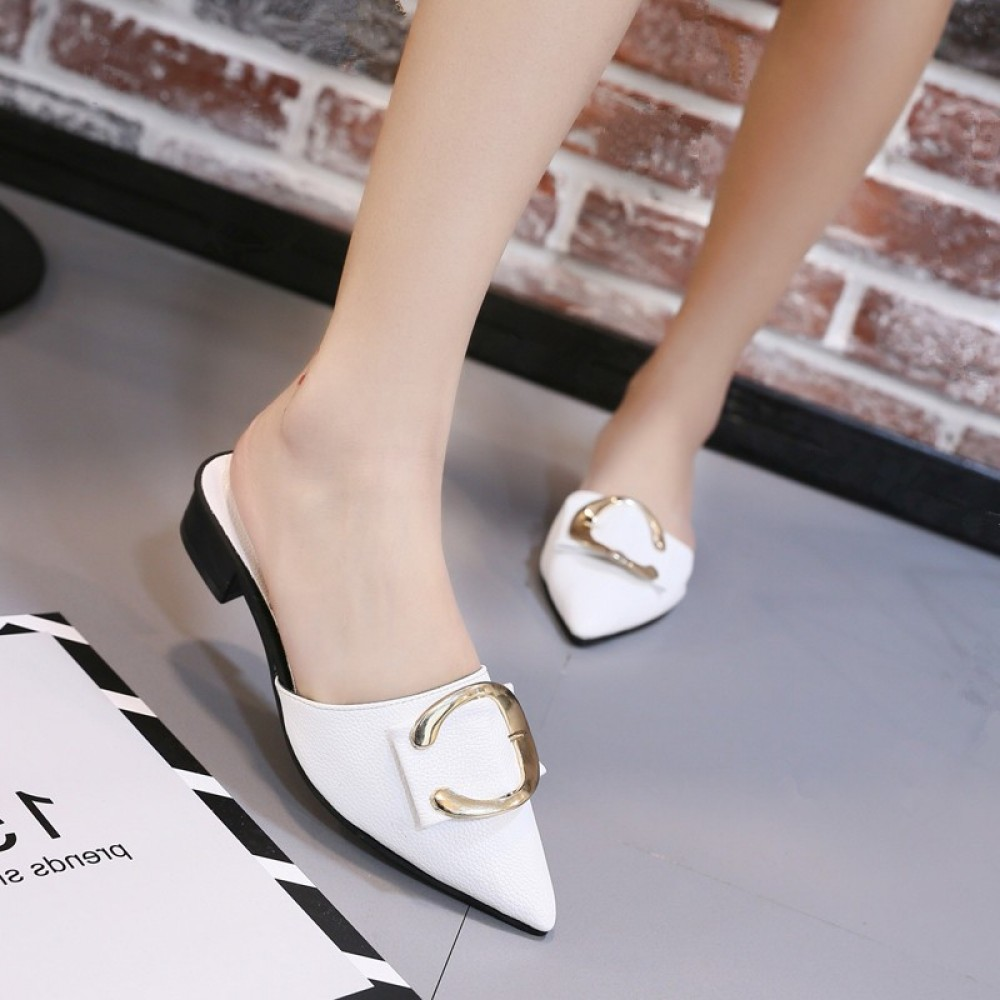 Small pointed toe flat with half a pair of slippers