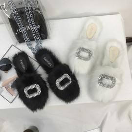 image of Flat bottom half head hairy sandals and slippers