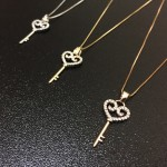 [Ready Stock] High Quality Necklace With Love Key Pendant
