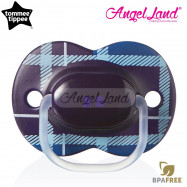image of Tommee Tippee Little London Soother 6-18m (Single) 433412/38 Blue Tartan
