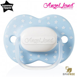 image of Tommee Tippee Little London Soother 0-6m (Single) 433410/38 Light Blue Star