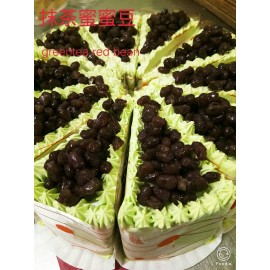 image of Matcha Greentea Red Bean Crepe Cake 抹茶蜜蜜豆千层蛋糕 - Whole Cake 1.3KG