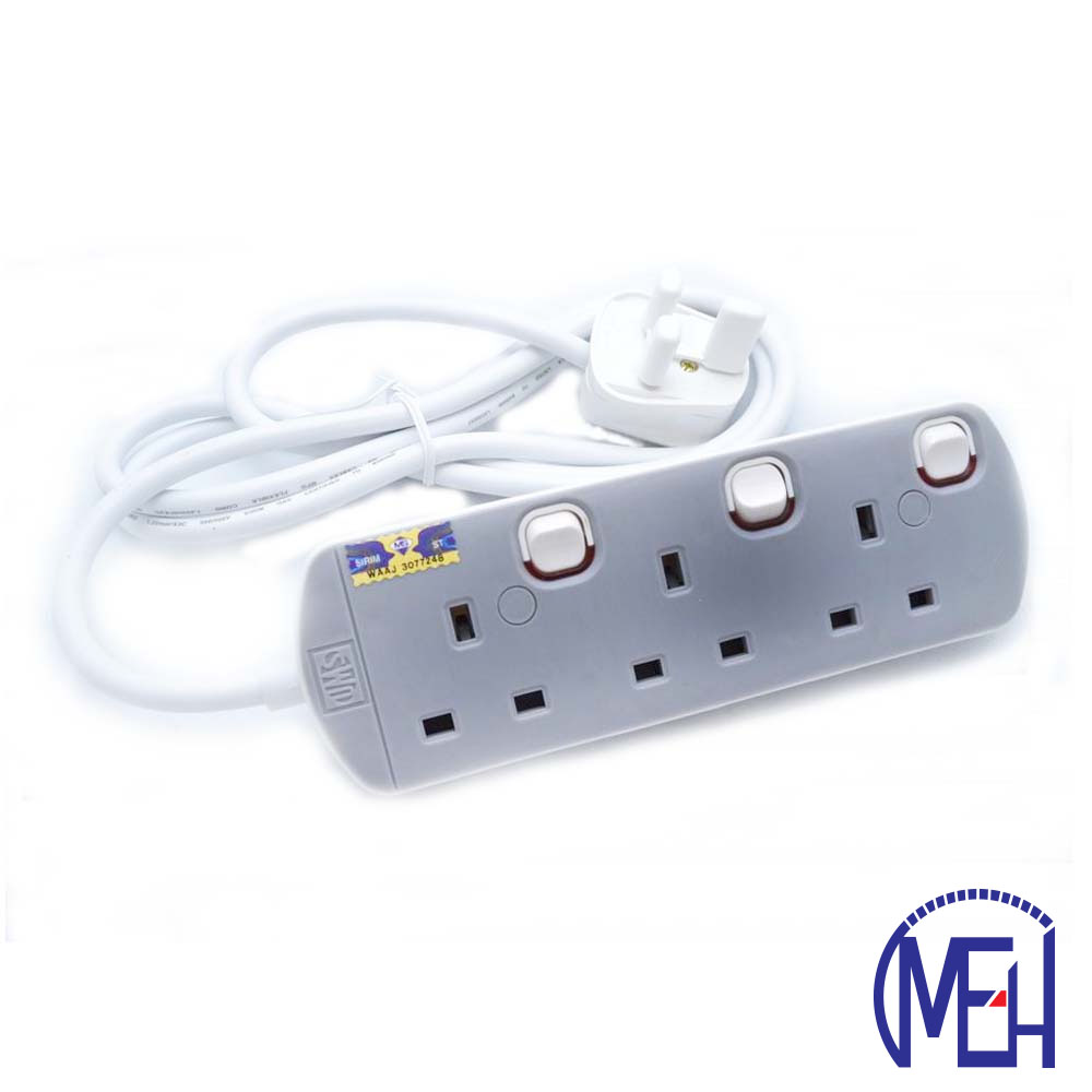 UMS 13AMP Portable Switched Socket Outlet  3y 8413-N