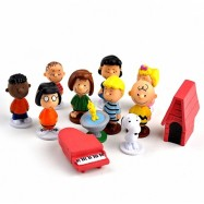 image of Snoopy and The Peanuts Gang Figurine Set x 12 pieces