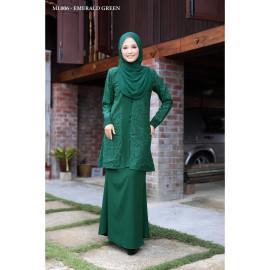 image of Baju Kurung Moden Melure Muslimah Wear Zip Depan,Bunga Exclusive - Emerald Green