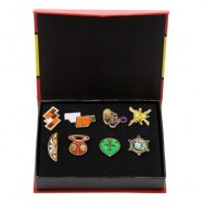 image of 8PCS CHILDREN CARTOON BADGE BREASTPIN DECORATION TOY SET WITH GIFT BOX (#2) -