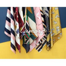 image of 緞面小方巾 絲巾 領巾 頭巾