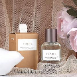 image of 韓國 LOVEYDOVEY 持久淡香水 30ml 粉玫瑰花香  Korea LOVEYDOVEY Eau De Parfum 30ml # Fiore