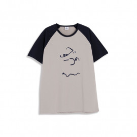 image of 查理‧布朗臉譜圖樣撞色袖T恤 兩色售 Charlie Brown Face Pattern Contrast Sleeve T-Shirt Two-Color