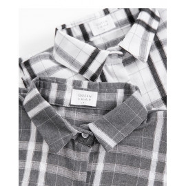 image of 配色格紋長版襯衫 兩色售 Matching Plaid Long Shirt Two Colors