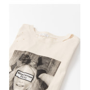 image of 女孩照片字母領破損造型上衣 Girl Photo Letter Collar Broken Styling Top