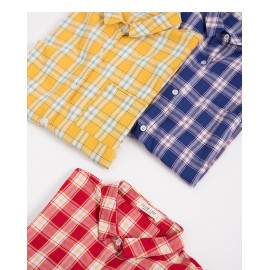image of 小領格紋口袋造型襯衫 三色售 Small Collar Plaid Pocket Style Shirt Three Colors