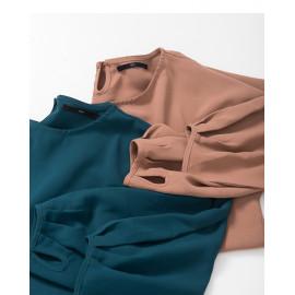 image of 素面蓬袖設計雪紡上衣 兩色售 Plain Awning Design Chiffon Top Two Colors