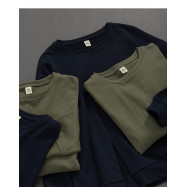 image of 基本百搭素面開衩剪接長袖棉T 兩色售 Basic Versatile Plain Open Cut Long Sleeve Cotton T Two Colors