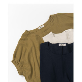 image of 簡約素色鬆緊袖造型棉麻上衣 三色售 Simple Plain Elastic Sleeve Style Cotton And Linen Tops Three-Colors