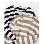 image of 滿版寬條紋竹節棉長袖上衣 兩色售 Full Version Wide Striped Bamboo Cotton Long-Sleeved Shirt Two-Colors