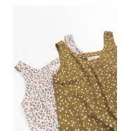 image of 小碎花無袖雪紡上衣 兩色售 Small Floral Sleeveless Chiffon Top Two-Colors