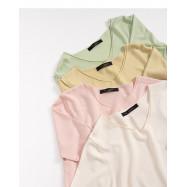 image of 素面V領針織捲邊上衣 四色售 Plain V-Neck Knit Top Four Colors