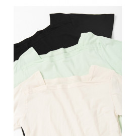 image of 素面寬領造型上衣 三色售 Plain Wide-Neck Blouse Three-Colors