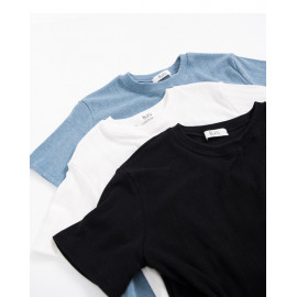image of 直紋針織圓領上衣 三色售 Straight Knit Crew Neck Top Three-Colors