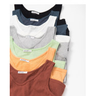 image of 多色基本百搭U領休閒背心 七色售 Multi-Color Basic Wild U-Neck Casual Vest Seven Colors