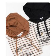 image of 查理‧布朗滑倒連帽T恤 兩色售 Charlie Brown Slips Hooded T-Shirt