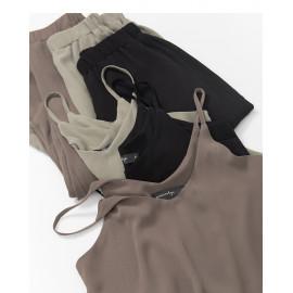 image of 雪紡細肩背心套裝 三色售 Chiffon Shoulder Vest Set Three Colors