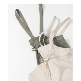 image of 素面雙口袋吊帶褲 兩色售 Plain Double Pocket Suspenders Two-Colors
