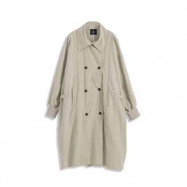 image of 寬袖排釦造型長版風衣 Wide-Sleeved Buckle Style Long Trench Coat