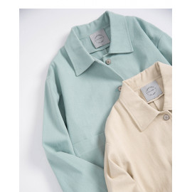 image of 純色單口袋斜紋排釦外套 兩色售 Solid Color Single Pocket Twill Buttoned Jacket Two Colors
