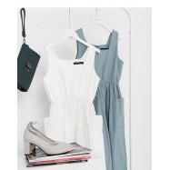 image of 簡約素色雙口袋造型方領無袖洋裝 兩色售 Simple Plain Double-Pocket Style Square Collar Sleeveless Dress Two Colors