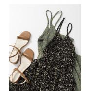 image of 滿版小碎花細肩V領雪紡洋裝 兩色售 Full Version Of Small Floral Thin Shoulders V-Neck Chiffon Dress Two Colors