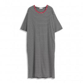image of 紅色滾邊百搭條紋連帽長洋裝 Red Piping Versatile Striped Hooded Long Dress