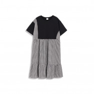 image of 不規則黑白拚格短袖棉質洋裝 Irregular Black And White Quilted Short-Sleeved Cotton Dress