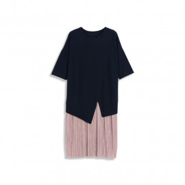 image of 異材質拼接細百褶下擺造型長洋裝 Different Material Stitching Fine Pleated Hem Shape Long Dress