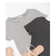 image of 合身短版條紋短T 兩色售 Fit Short Version Stripe Short T Two Colors
