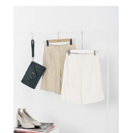 image of 休閒棉麻五分褲 兩色售 Casual Cotton And Linen Pants Two Colors