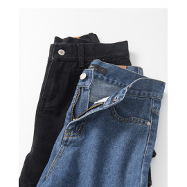 image of 高腰牛仔短褲 兩色售 High-Waist Denim Shorts Two Colors