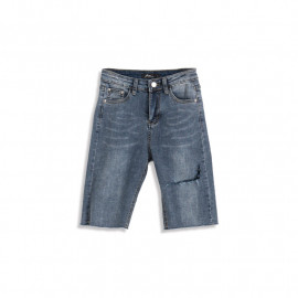 image of 休閒百搭刷色五分牛仔褲 Casual Versatile Brushed Five-Point Jeans