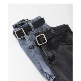 image of 皮帶高腰牛仔短褲 兩色售 Belt High Waist Denim Shorts Two Colors