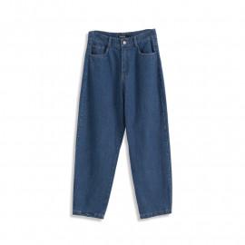 image of 經典直筒牛仔褲 Classic Straight Jeans