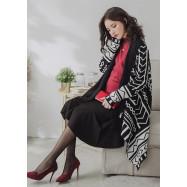 image of 孕婦裝。菱紋幾合流蘇披肩式針織長袖外套