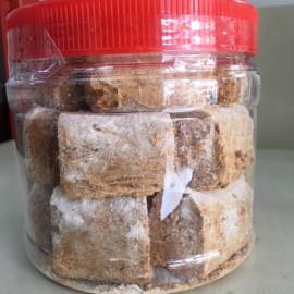image of Kacang Tumbuk 贡糖 (bottle)